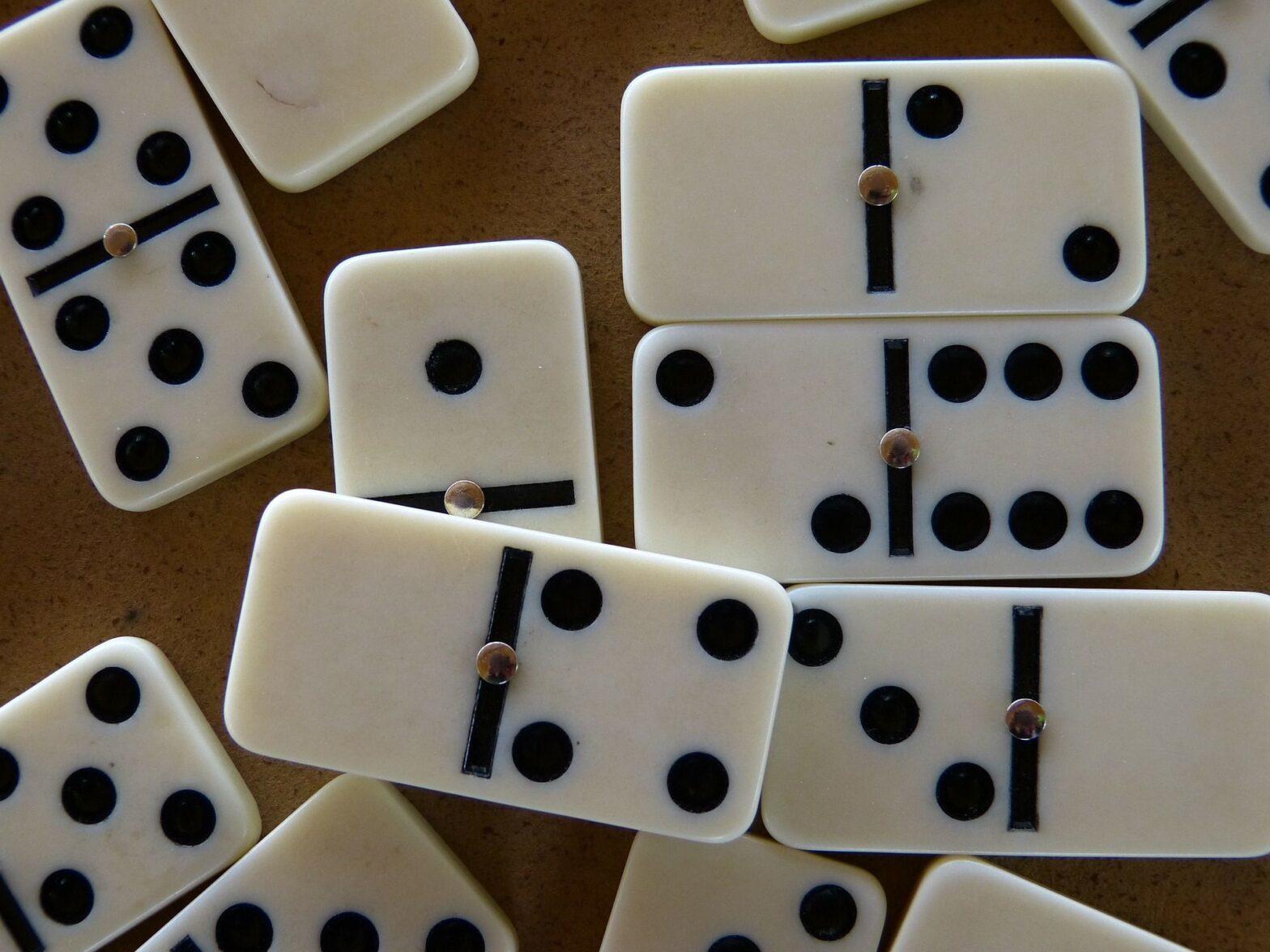 How to Play Gaple Domino Gambling